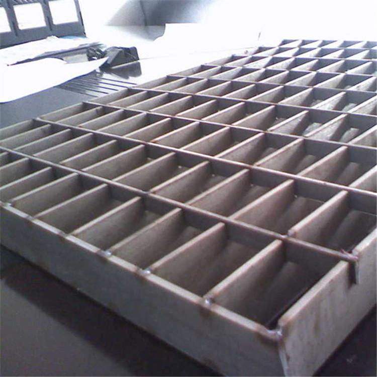 稳固耐磨钢格栅板结构形式和工作